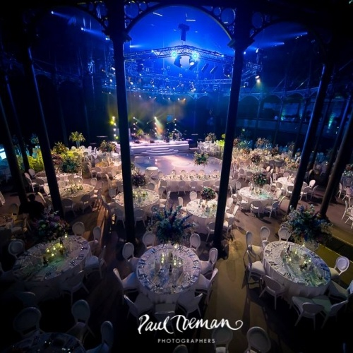 Camden's Roundhouse got a romantic makeover for a summer #wedding that guests will never forget